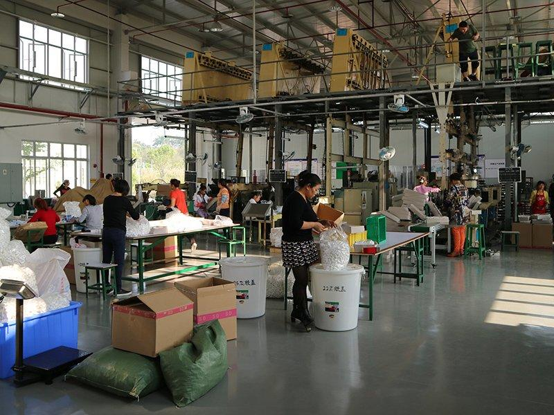 Production department for aluminum collapsible tubes